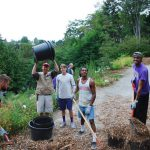 UW Runners Give Back to the Arboretum