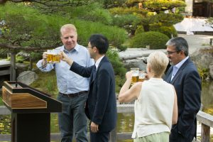 Mayor Murray toasting with Senior Consul Takeshi Murazawa.